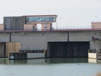 Rheinstaustufe und -schleuse EDF (Elektrique de France)